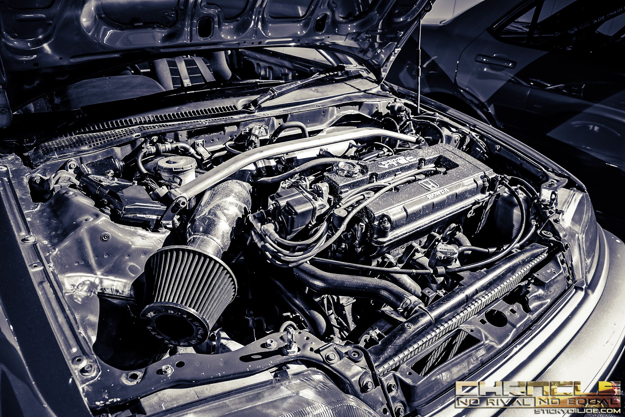 B16A engine being used in an EF Civic hatchback from TOP GUN Racing.